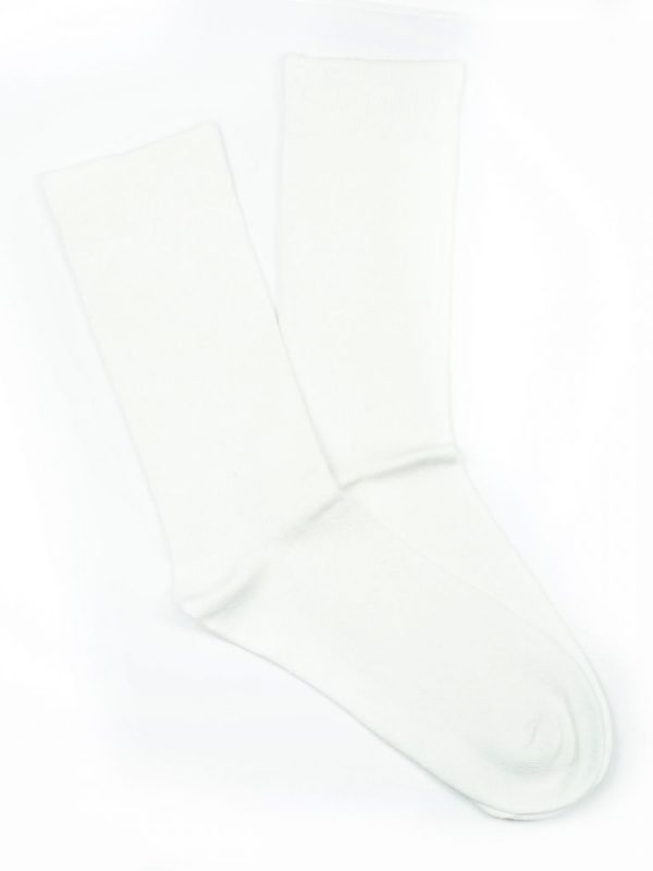 Bamboo Plain Loose Top Socks – White